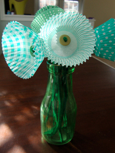 St. Patrick's Green Paper Flowers Craft Project