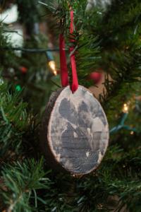 transfer photo christmas tree ornament