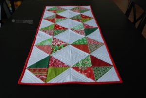 free quilting patter tabler runner topper helix